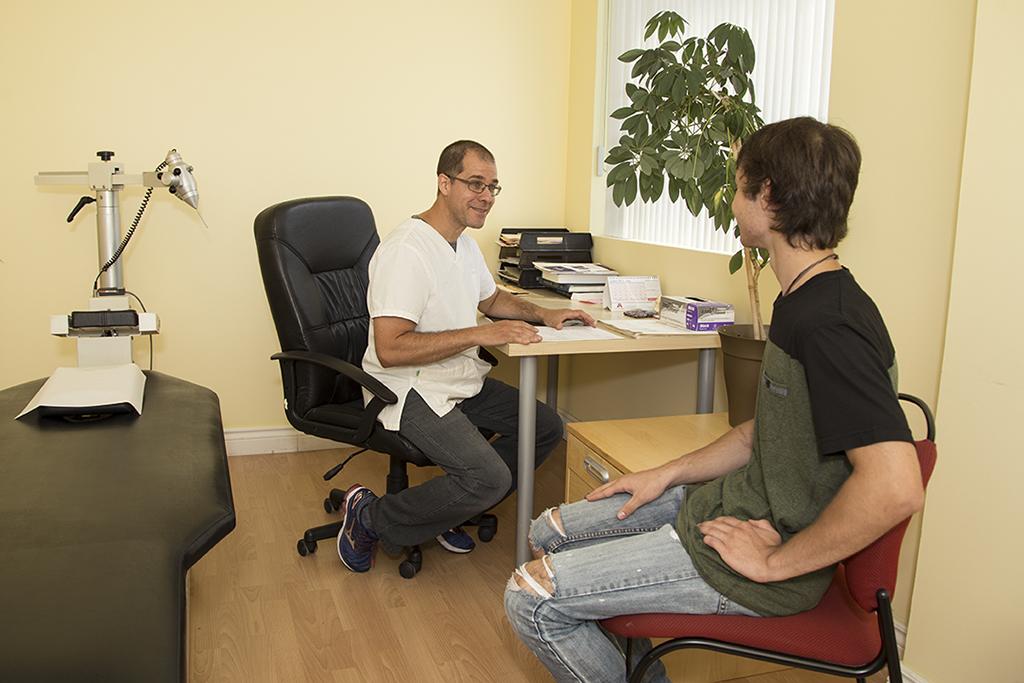consultation avec le chiropraticien
